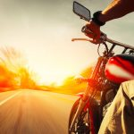 25 načina da ruke ne otupe nakon vožnje motorom