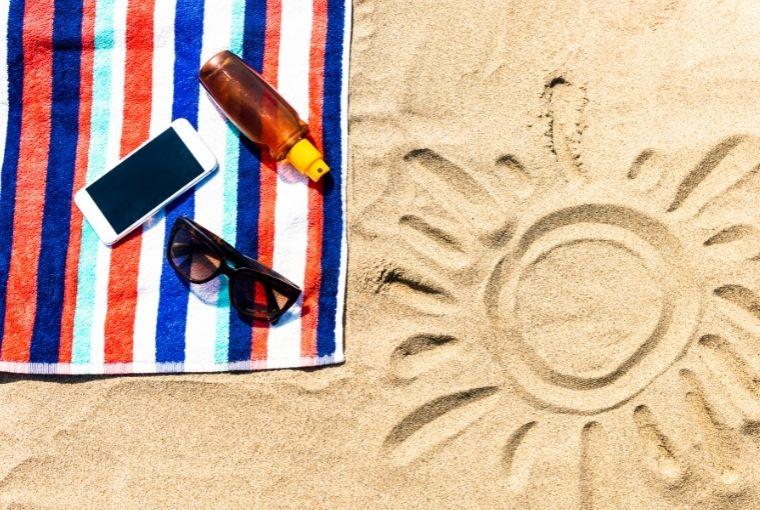 mobitel na plaži