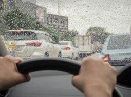7 savjeta za sigurniju vožnju po kiši